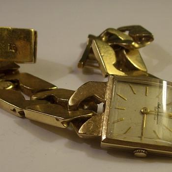 14k Gold Large Link Jules Jurgensen Wrist Watch