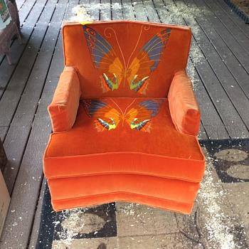 Velvet swivel chiar  - Furniture
