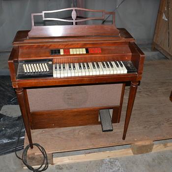 Prototype Wurlitzer Organ 400o Single Keyboard - Musical Instruments