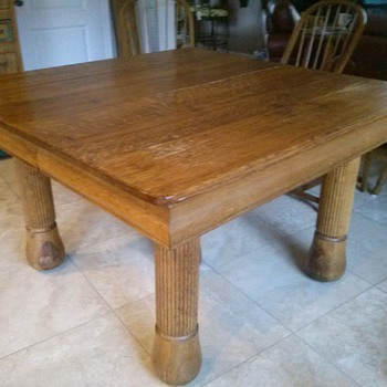Can you please help me identify my kitchen table? - Furniture