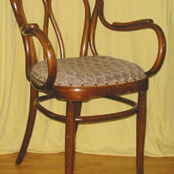 J&J KOHN - Furniture
