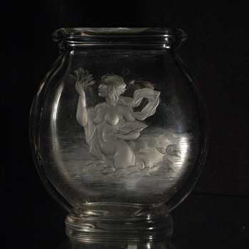 "rare victorian baccarat vase ""amphitrite""  with an engraved maiden. - Art Glass"