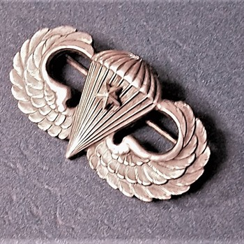 PARATROOPERS  MEDAL - Military and Wartime