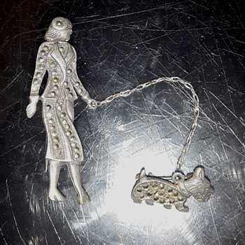 Costume jewelry  silver .925 lady walking dog brooch - Costume Jewelry
