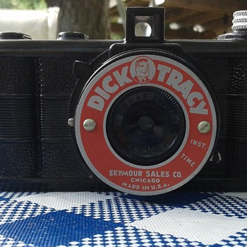 Very cool, rare red Dick Tracy 127 camera