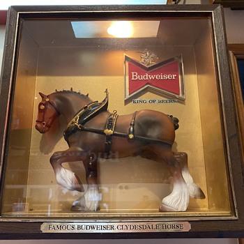 Budweiser Clydesdale shadowbox - Breweriana
