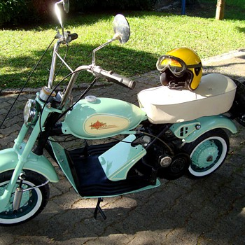 OLD SCOOTER - Motorcycles