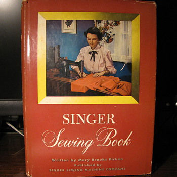 1949 Singer Sewing Machine Book - Sewing