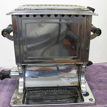 Vintage electric toaster by J&H  A. J.Lindeman& Hoverson co patend pending