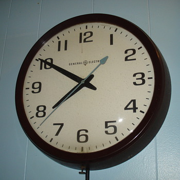 General Electric School Clock - Clocks