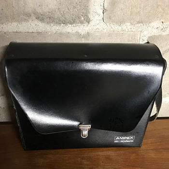 Ampex micro-pack. - Bags
