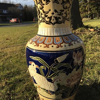 Large carved pottery vase - Asian