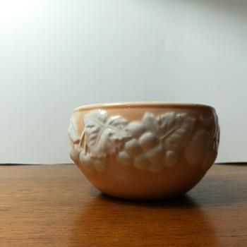 Cameo by Shafford bowl