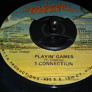 T. CONNECTION - Records