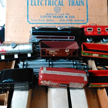 Marx brother's electric train no. 3984 - Model Trains