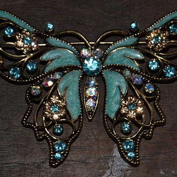 Nina Ricci for Avon Butterfly Brooch - 1980s - Costume Jewelry