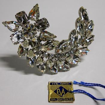Vintage Brooch, Eva Scheel of Toronto, Canadian Jeweler. - Fine Jewelry
