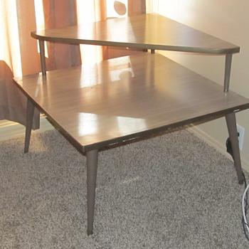 Vintage corner table  - Furniture
