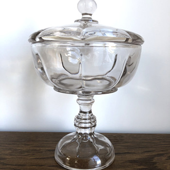 Lidded, stemmed glass bowl - Glassware