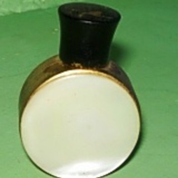 Tiny Mother of pearl perfume bottle - Bottles