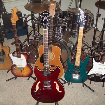 My Left Handed Guitar Collection