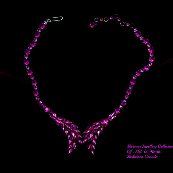 Rare Japanned Sherman Necklace, Fuscia Larger Stones & Pink Smaller Stones, 1960's - Costume Jewelry