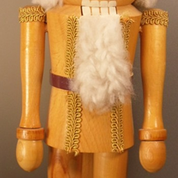 "Wood Grained Nut Cracker - 17"" - Dolls"