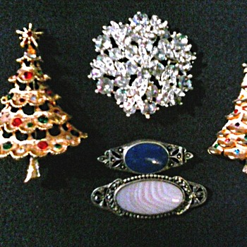 Christmas Trees and Silver Bar Pins / Circa 1960's-70's - Costume Jewelry