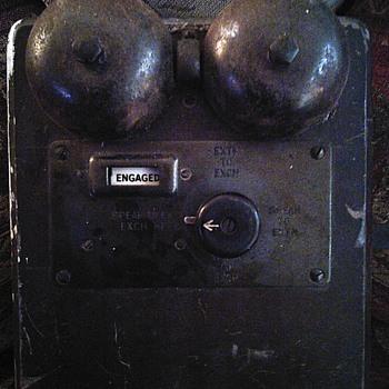 Old bell set or ringer I found. - Telephones