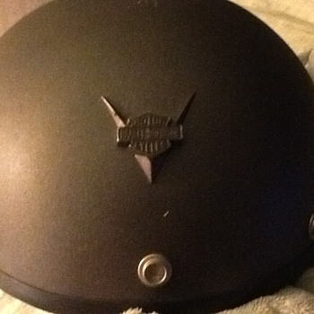 1997 Italy made Harley Davidson half helmet with zipper