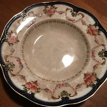 Ridgway England Semi Porcelain Royal bowl - Pottery