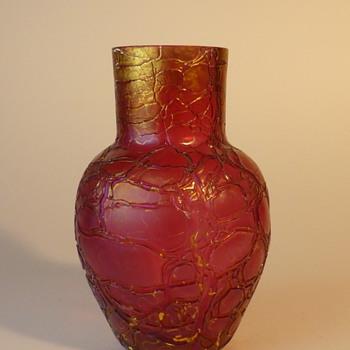 Art Nouveau pink crackle Kralik vase - Art Nouveau