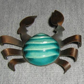 """1940's Elzac """"California pottery"""" ceramic and copper pins - Costume Jewelry"""
