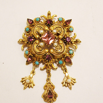 Vintage Florenza Ornate Victorian-Revival Brooch - Costume Jewelry