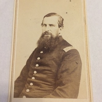 Civil War Captain killed leading his company at Gettysburg - Military and Wartime