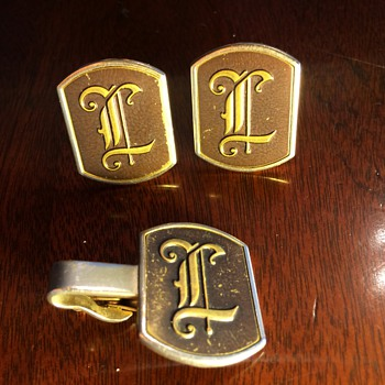 5 Sets of Monogram Letter Cufflinks: Some More Ostentatious Than Others...