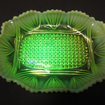 Greener & Co Uranium Glass Dish - Rd 276977 - Glassware