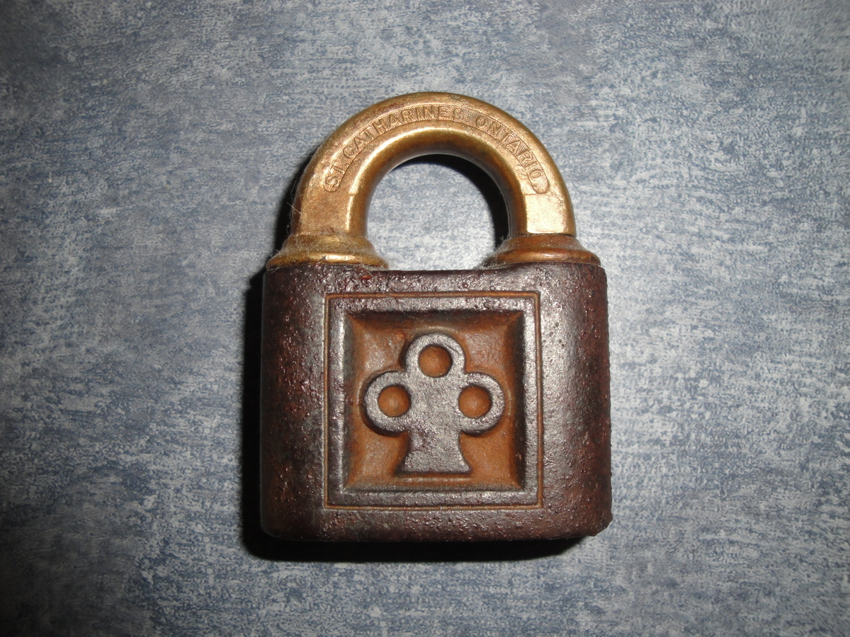 old lock collectors weekly