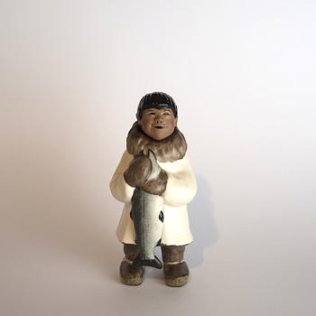 Inuit figure C. Alan Johnson - Figurines