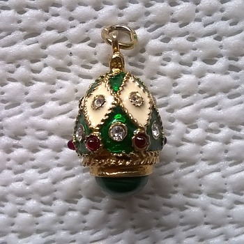1) Gilded Sterling Silver Russian Pendant, Pawn Shop Job Lot Buy