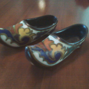Dutch shoes - Pottery