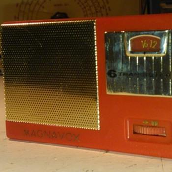 Magnavox AM22 (number 2) Transistor Radio