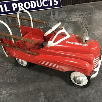 1950's Murray fire truck  - Model Cars
