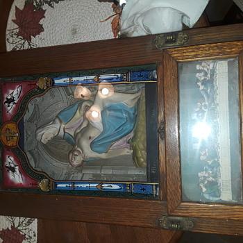 vintage religious Shadowbox