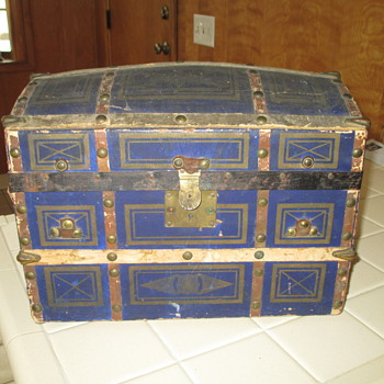 Blue Paper Covered Doll Trunk - Need Restoration Advice - Furniture