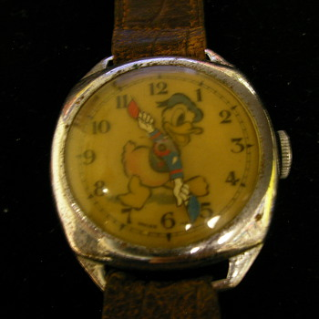 Donald Duck Wristwatch By Ward