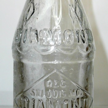 Diamond Bottling Co. / St. Louis, Missouri - Bottles