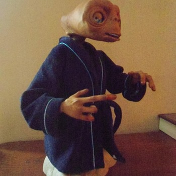 ET Phone Home :-) Interactive Talking ET Movie figure - Movies