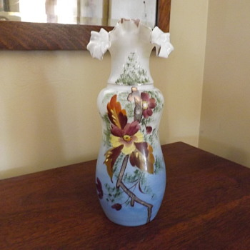 Hand blown Fluted Ruffled rim Vase