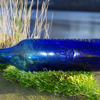 DOWSON BROTHERS GATESHEAD COBALT BLUE ROUND BOTTOMED BLOB TOP CYLINDER - Bottles